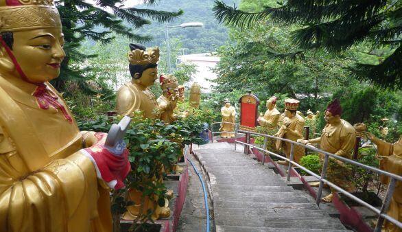 Temple of 10000 Buddhas in Hongkong